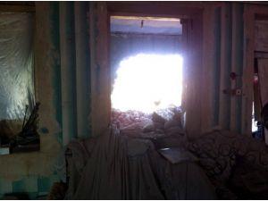 Azeri Savunma Bakanlığı, Ermeni askerlerin vurduğu evin fotoğrafını yayınladı
