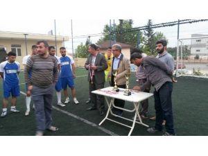 Ağaç İşleri Odasından, Futbol Turnuvası