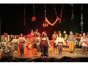 7. Liselerarası Tiyatro Şenliği Başlıyor