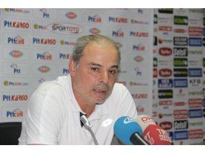 """İpekoğlu: """"Şampiyonluğa Ulaştıran Bütün Futbolcularımı Yürekten Kutluyorum"""""""