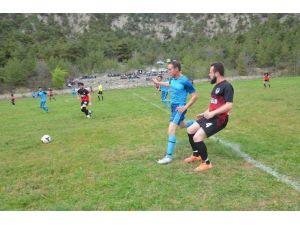 Hanönü Belediye Spor Evinde Rahat Kazandı 3-0