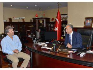 Vali Büyük'ten Adanaspor'a kutlama mesajı