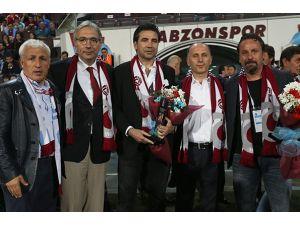 Trabzon'da 'Vefa Plaketi' töreni yapıldı