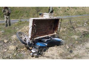 Diyarbakır'da Sepetli Motosiklet Kaza Yaptı: 1 Ölü