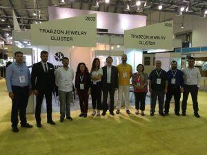 Trabzonlu Kuyumcuların Ürünleri Birleşik Arap Emirlikleri'nde Görücüye Çıktı