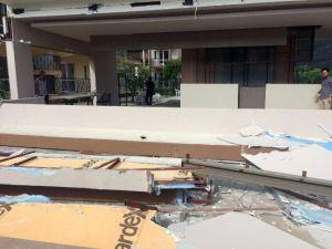 Kemer'de Kaçak Yapılar Yıkılıyor