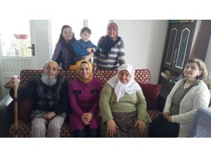 Kadınlardan 'Geçmiş Olsun' Ziyareti