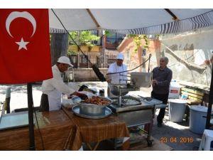 Ayvalık Belediyesi Cihat Teker'i Unutmadı