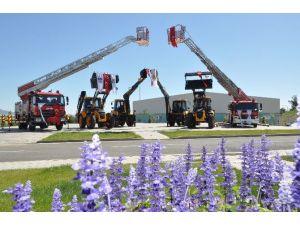Büyükşehir Belediyesi Araç Filosunu Güçlendiriyor
