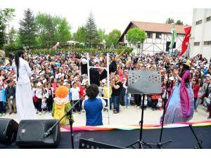 Küçük Hanımlar Küçük Beyler Uluslararası Çocuk Tiyatroları Festivali başladı