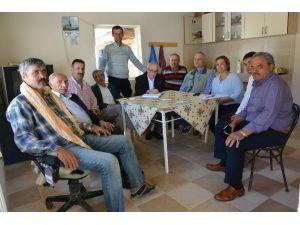 Komisyon Üyeleri Mahalle Ziyaretlerini Sürdürüyor