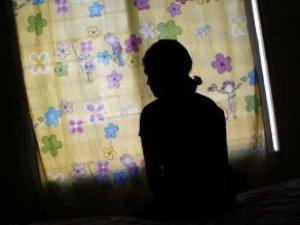Tacizci Koruyucu Aile Olarak Aldığı Çocuğu İstismar Etti