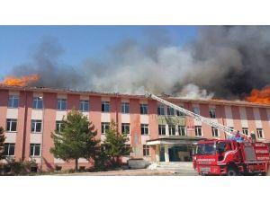 Malatya Eski Devlet Hastanesinde Yangın