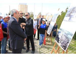"""YYÜ'de """"Çanakkale'den Zeve'ye Tarihin İzinde"""" Konferans Ve Fotoğraf Sergisi Düzenlendi"""