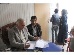 Kızılay'dan 150 Aileye Gıda Kartı
