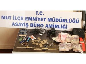 Evden Hırsızlık Yapan Zanlı Yakalandı