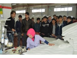 Fabrikaya Teknik Gezi