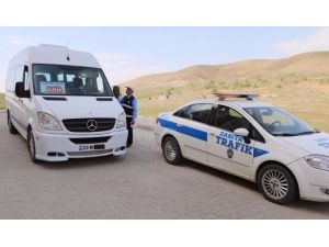 Elazığ'da Minibüs Ve Halk Otobüsleri Denetlendi