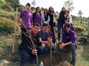 Öğrencilerden 23 Nisan'da 23 Bin Fidan