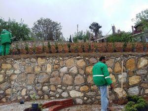 İzmit Belediyesi'nden Topçular Mahallesine Park
