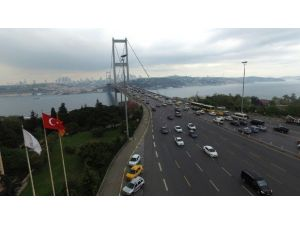 Radyo Trafik'ten İstanbul Trafiğine Drone'lu Çözüm