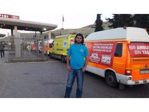 Suriye'ye 25 ambulans gönderildi