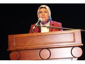 AK Parti Kadın Kollarından 'Kutlu Doğum' Etkinliği