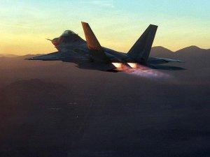ABD savaş uçakları Romanya'da