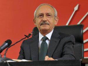 """Kılıçdaroğlu Kürsüye """"Türkiye Laiktir Laik Kalacak"""" Sloganıyla Çıktı"""