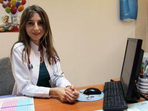"""Uzm. Dr. Altan: """"Rota Virüsü, Ağız Ve Dışkı Yoluyla Bulaşıyor"""""""