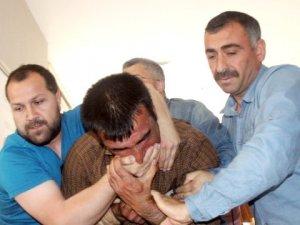 Bakanlara 'İçim Yandı' Diye Bağıran Çiftçiye Gözaltı