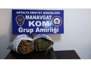 Manavgat'ta 5 Kilo 880 Gram Esrar Ele Geçirildi