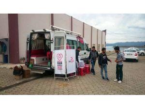 Yüksekokul Öğrencilerinden Kan Bağışı
