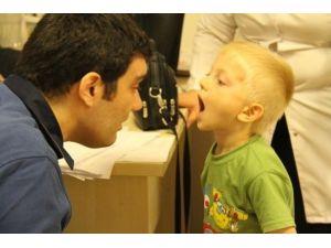 Okul Öncesi Eğitim Öğrencilerine Diş Sağlığı Taraması
