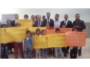 Eyyübiyeli çocuklar, bakan yardımcısının yolunu kesti