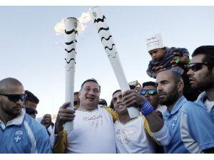 Olimpiyat Meşalesini Mülteci Taşıdı