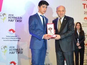 Nilüfer Hacı Kemal Fen Lisesi Türkiye Birincisi