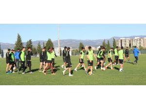 """Cihat Arslan: """"Beşiktaş Maçı Kazanabileceğimiz Bir Müsabaka Oldu"""""""