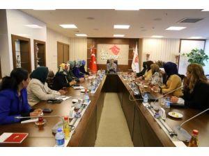 AK Parti Kadın Kolları'ndan Bakan Ramazanoğlu'na Ziyaret