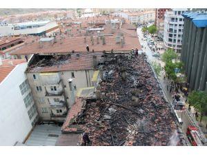 Çatı yangını ile ilgili itfaiyeden açıklama