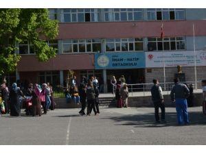 Niğde'de 5 Bin 470 Öğrenci TEOG Sınavına Giriyor