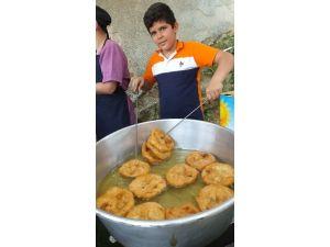 Burhaniye'de Genç Lokmacı