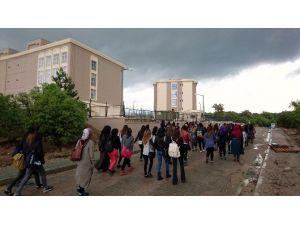 Gediz Meslek Yüksekokulu Öğrencilerine Yeni Yurt