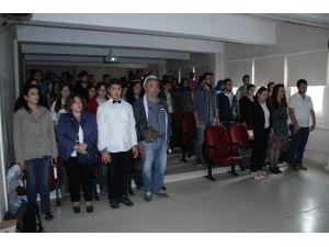 Üniversite Öğrencilerinden Otizm Konferansı