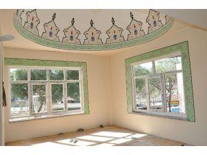 İsabeyli Çarşı Camisinin Pencereleri Yenilendi