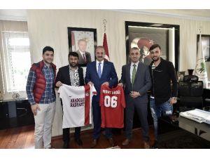 Başarılı Takımdan Akgül'e Ziyaret