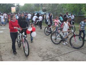 Cizre'de Obeziteye Karşı 466 Bisiklet Dağıtıldı