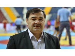 Güreşte Rio kotası için İstanbul'da son dönemece giriliyor