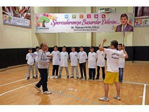 Badminton Şehitkamil İle Yükselişe Geçti