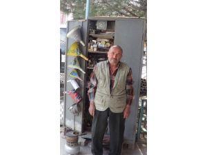 60 Yıllık Lehim Ustası Atık Tenekeleri Tekrar Kullanıma Kazandırıyor